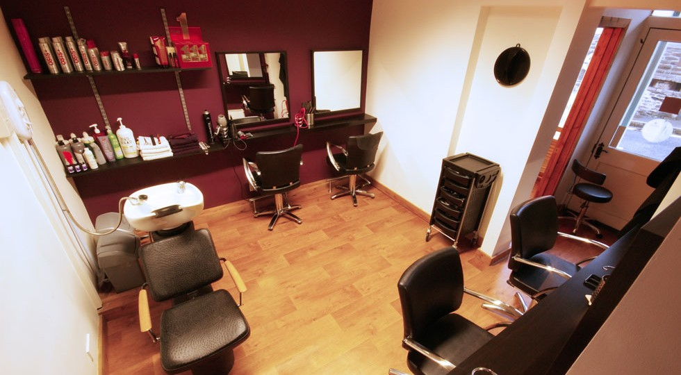 Tavistock Hair Dressers - First Glance